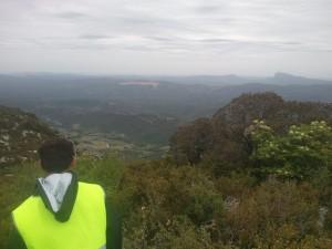 Au sommet de la colline