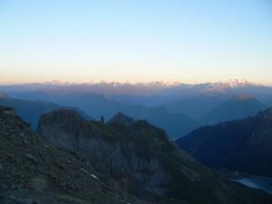 vue sur les alpes suisses et le grand combin